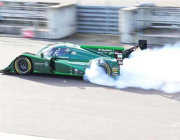 v record 204 mph with smoke
