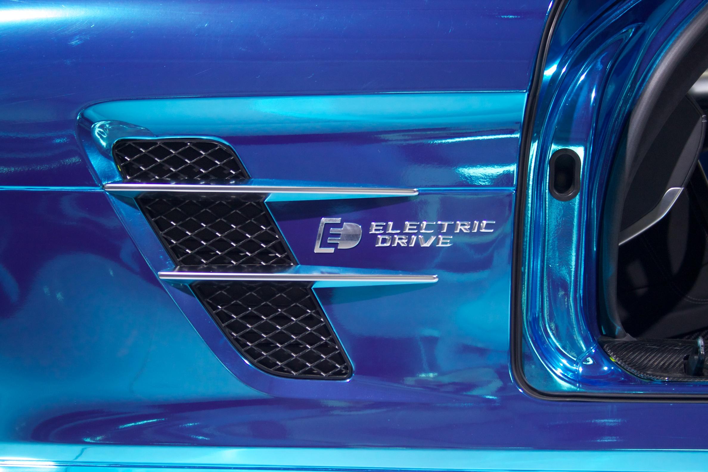 SLS EV 2