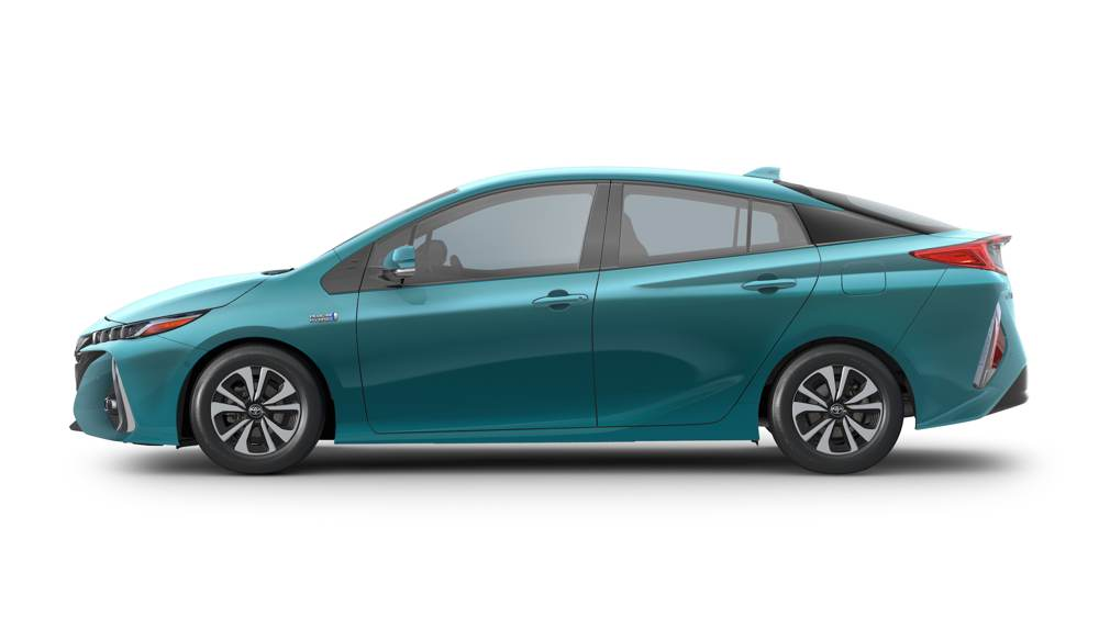 2017_Toyota_Prius_side